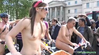 世界裸骑日之英国站 Z12
