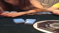 力男主播强哥撩妹系列-宾馆套路两个少妇打麻将输了一个挨操一个口交 Z4