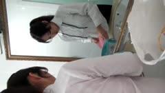 吐血推荐最新一期学院私拍摄影师较喜欢的大奶模特惜萍最近大腿被撞伤了