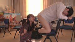 很会玩弄人的文学系痴女老师小蕾让学生弹动不得后用嘴巴暴力吮吸吞精