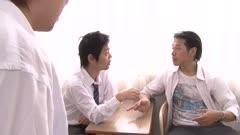 美女教师佐佐木明希被学生欺骗监禁轮奸内射一整天