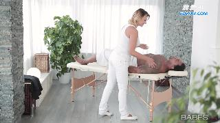 Anna Polina Full-Body Massage Z6